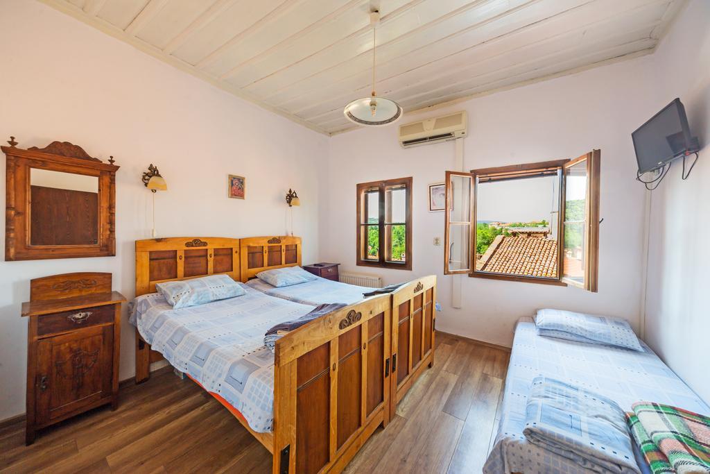 hostel-veliko-barato