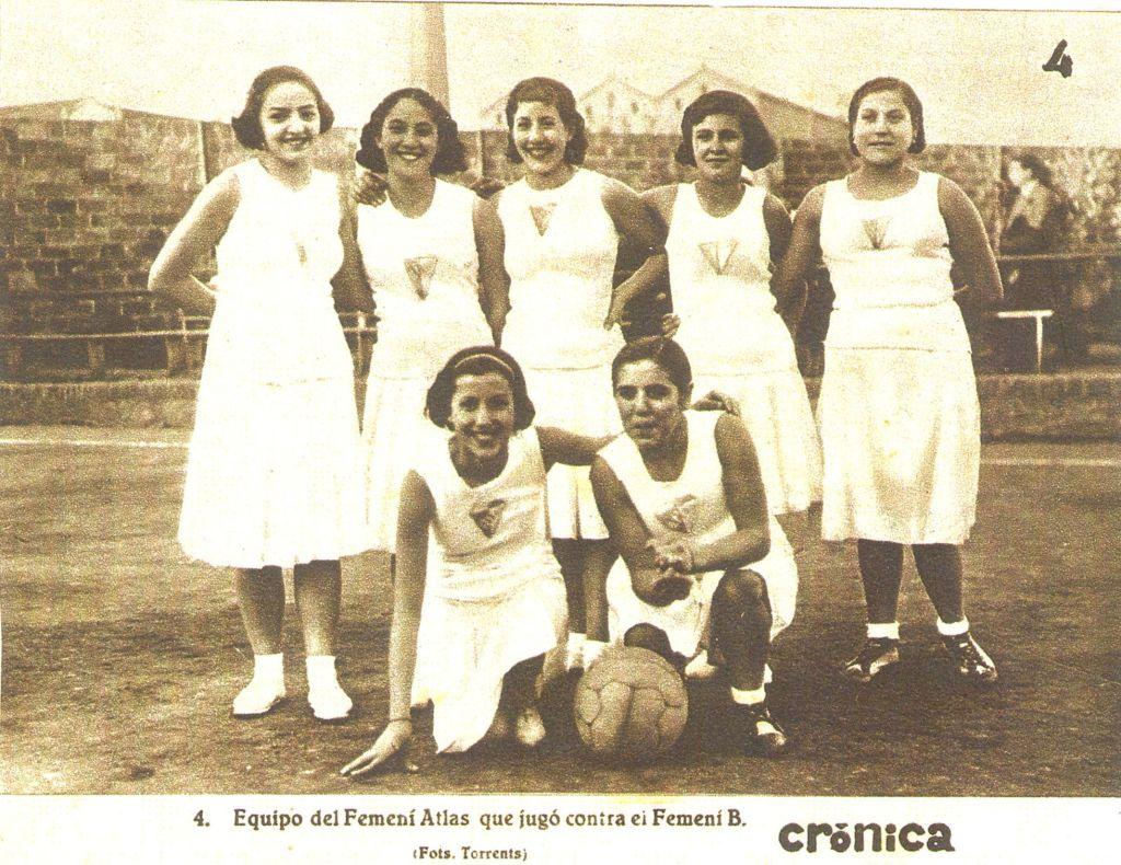 Encarna Hernández es la pionera del baloncesto femenino en España. Apodada la niña del gancho.